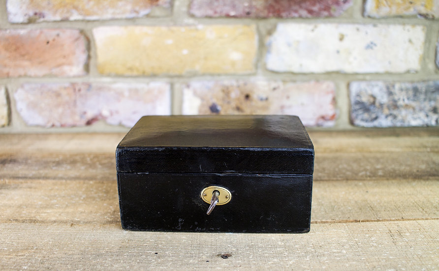 Small Leather Jewellery Box c.1910