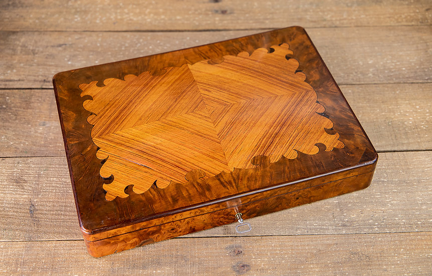 Stunning Kingwood & Amboyna Fitted Games Box c.1880 SOLD