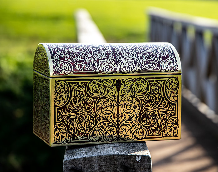 Halstaff Watch Box/Globe/3x Magnifying Glasses SOLD