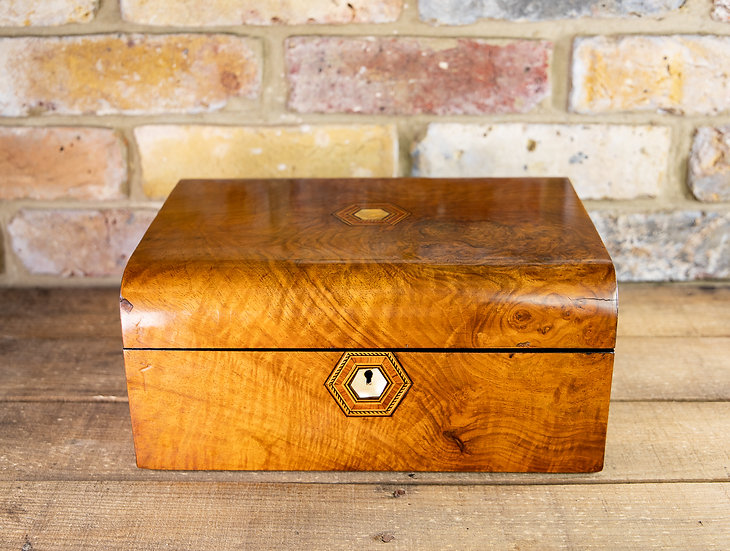 Burr Walnut Domed Top Table Box 1880