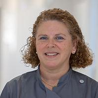 Dra. Lourdes Escudero Metge – Estomatòloga