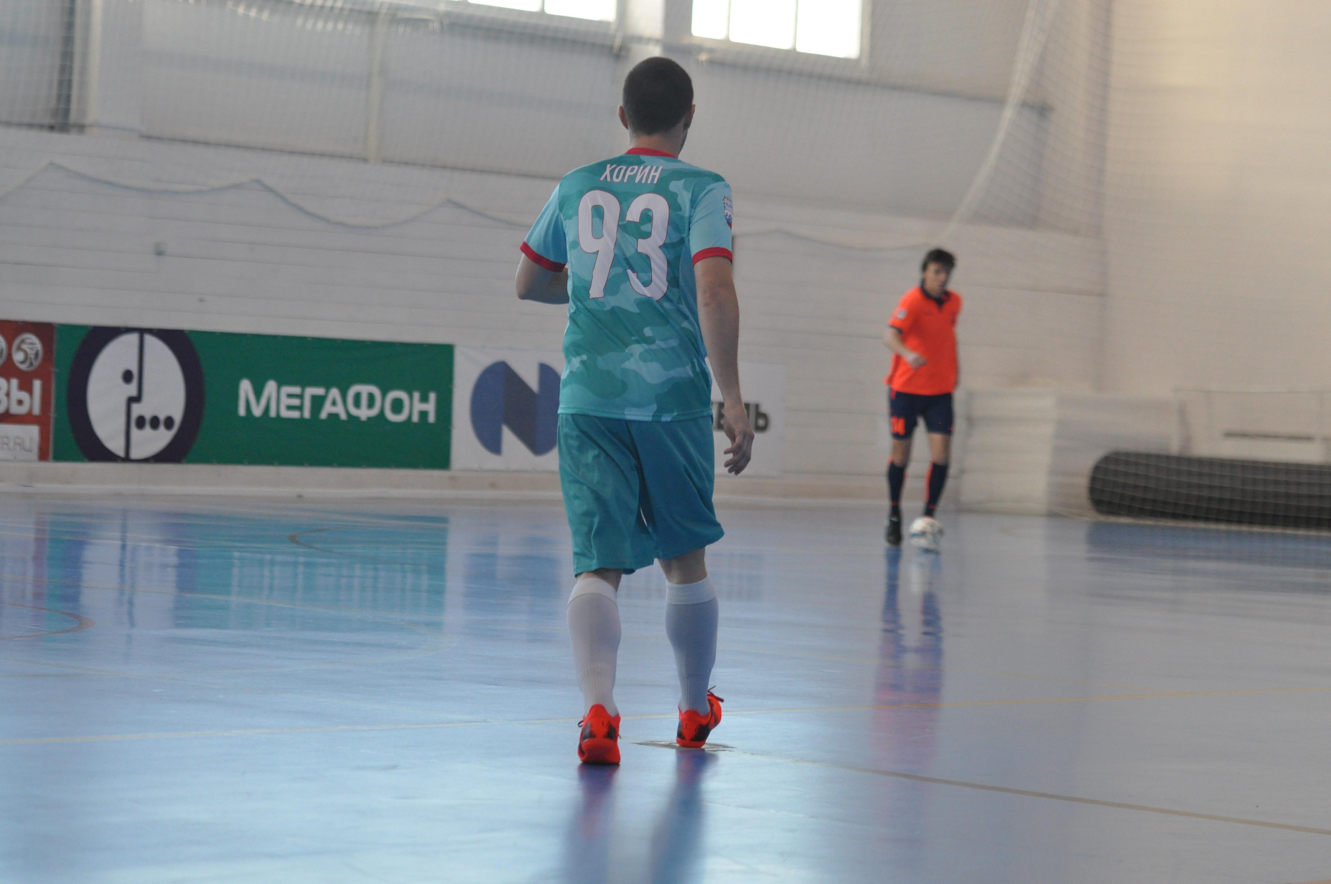 Тренировка по футболу 2002-2000 г.р.
