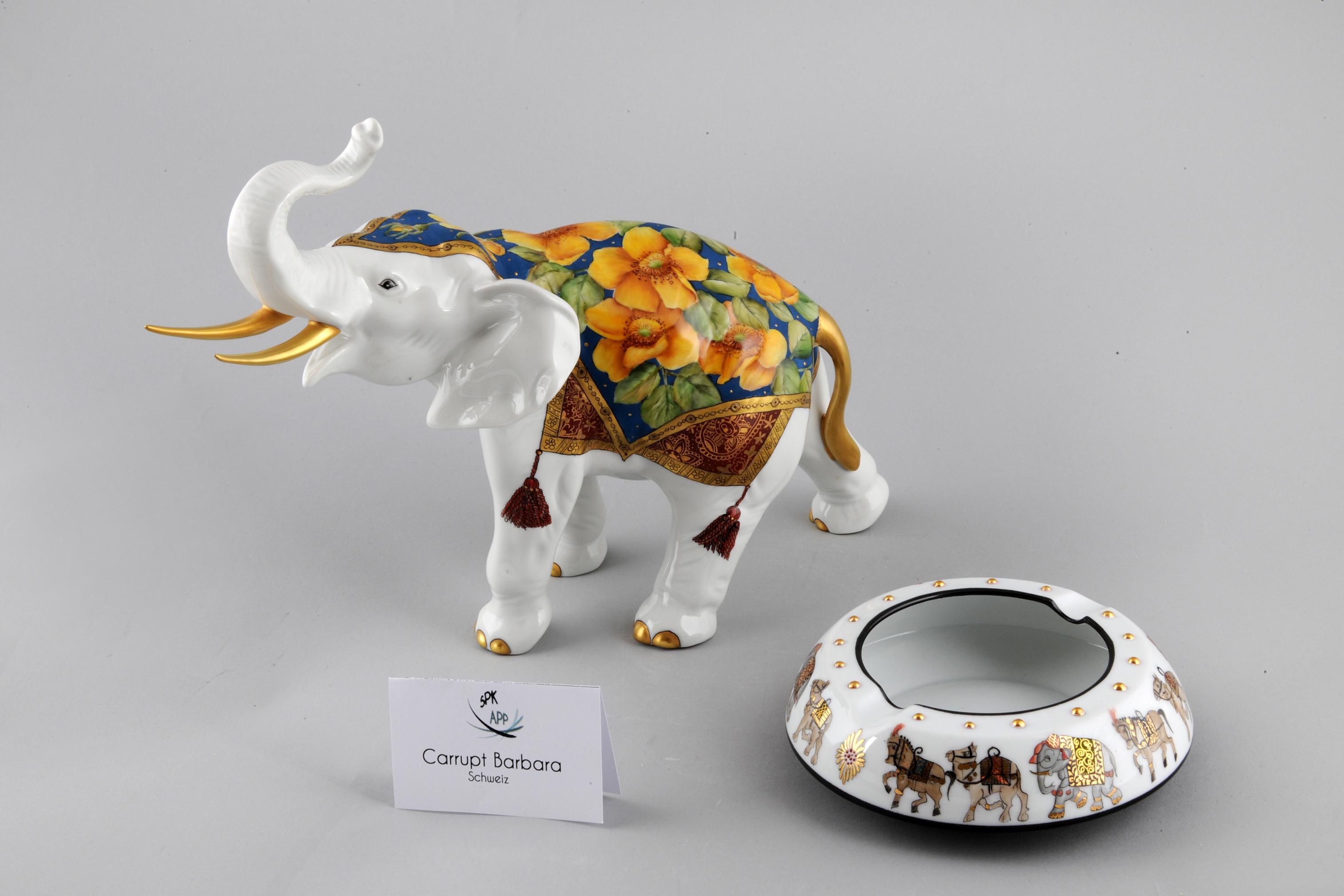Elephant et cendrier
