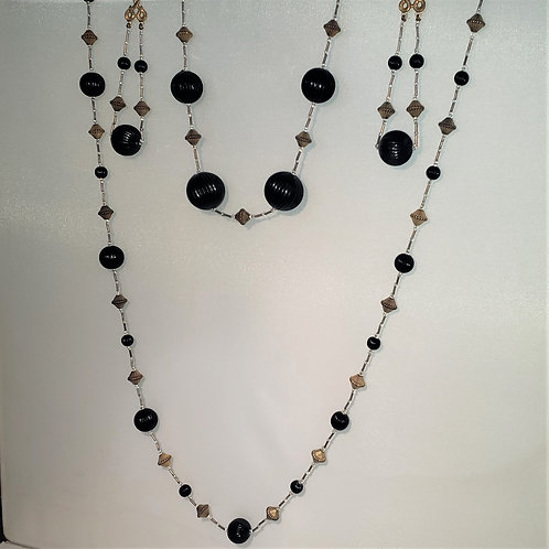 Black, gold and clear bead 2 piece necklace set with earrings