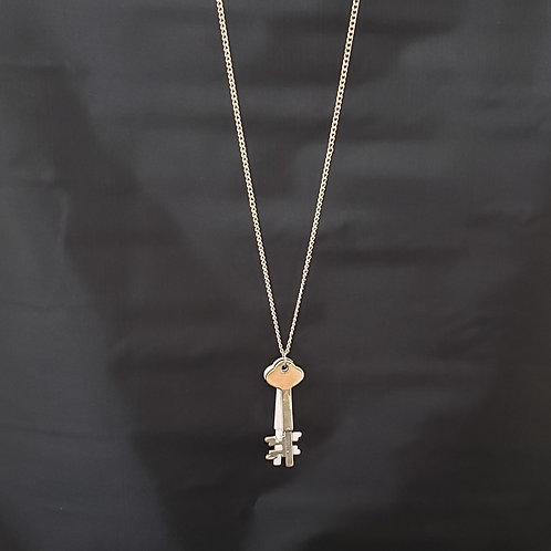 White & Silver Tone 2 Key Necklace