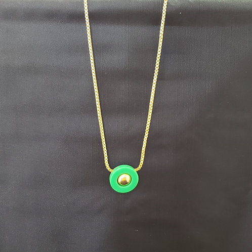 Gold Tone Necklace with Green Pendant