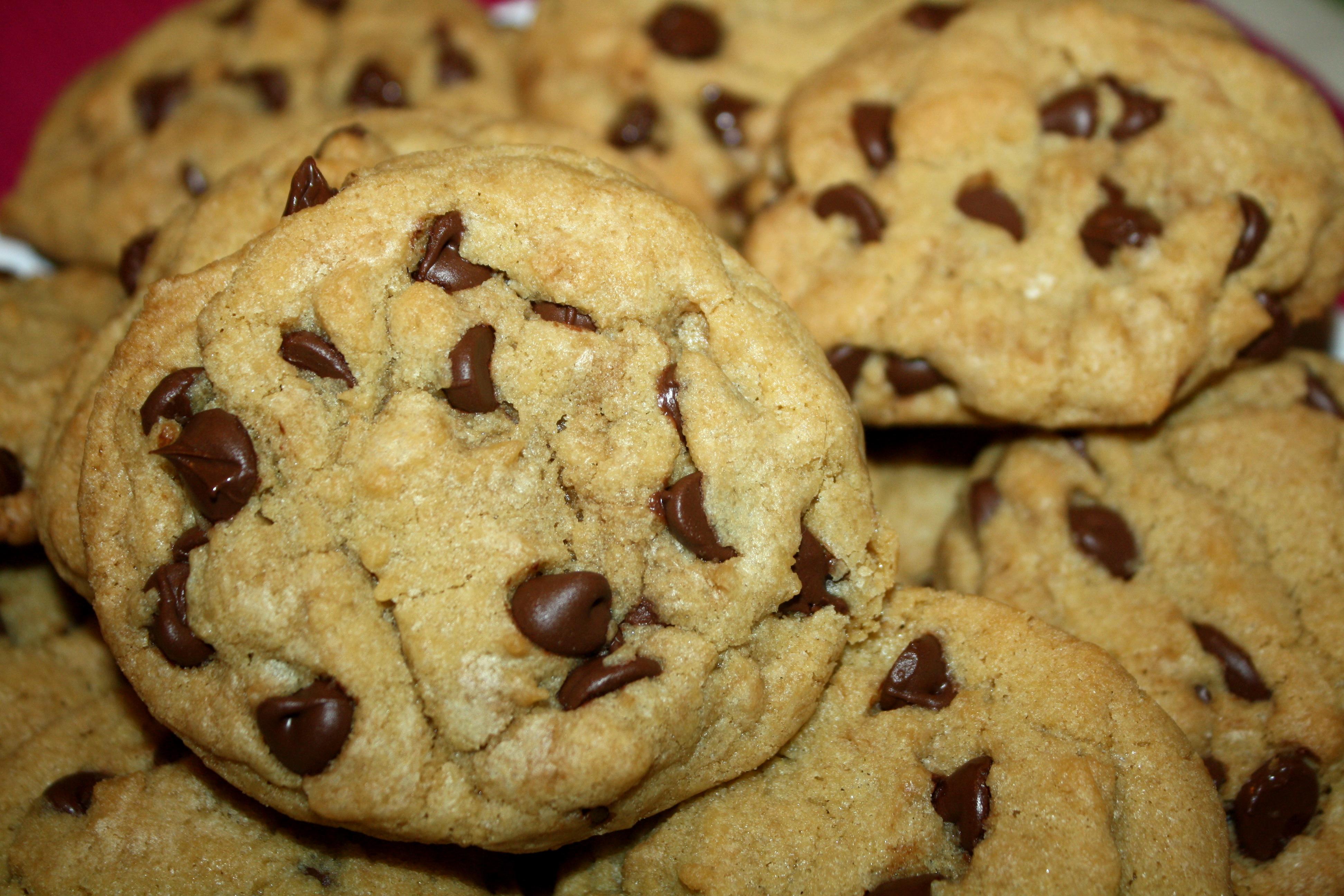 Vegan White Chocolate Chips Cookies