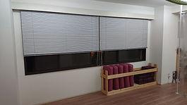 スタジオ窓1.JPG