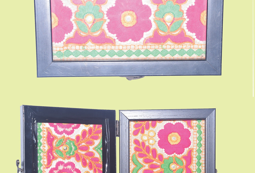 Floral embroidery vanity  box