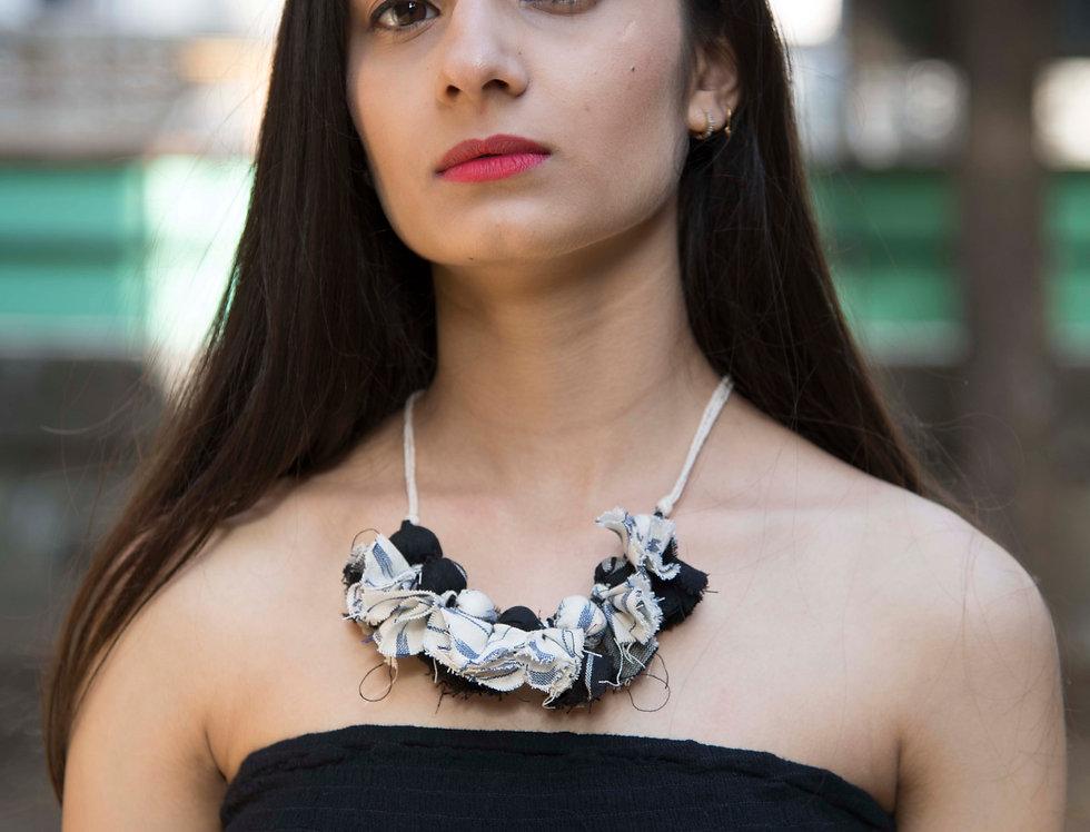 Handmade Ikat Style Marble Design Neckpiece for Women