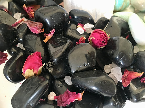 Tumbled black tourmaline