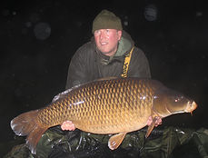 2.  Peg 21 - Tim Broughton with Long Com
