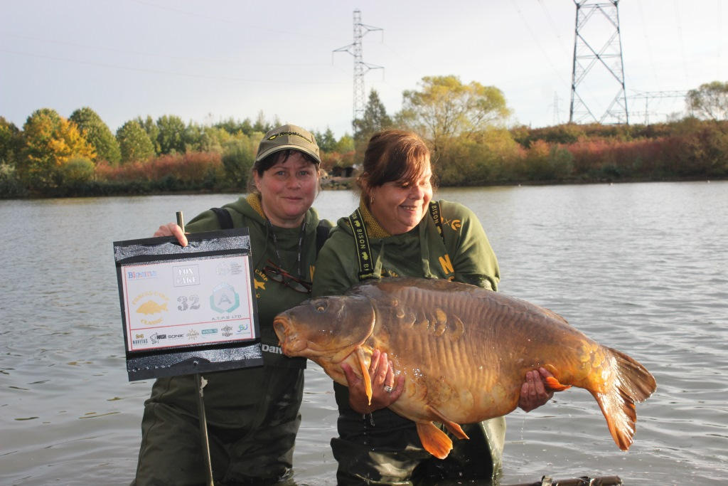 18. A stunning Mirror at 58.12 - Sue Ellis