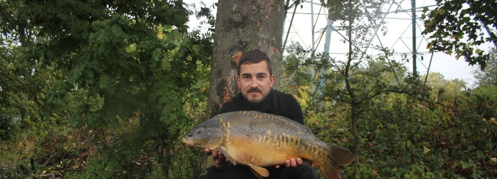 11. Peg 8.  A cheeky mirror for Ash this