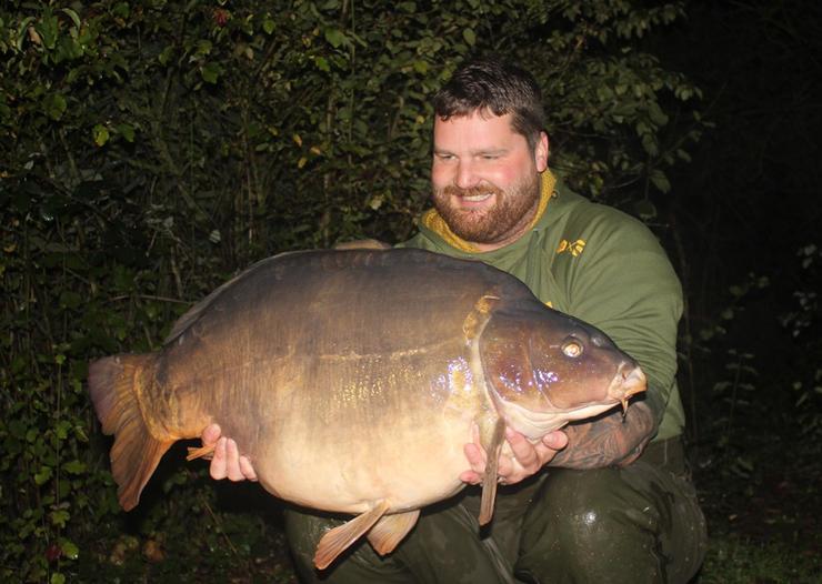 31. Peg 19. John's new pb and yes he got wet.!