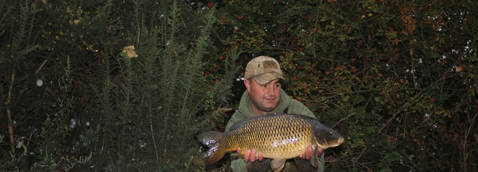 10. Peg 26.  Barny with a cheeky common.