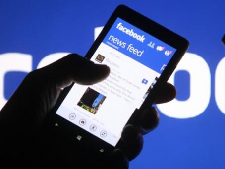 O Facebook está testando mensagem de alerta para impedir o compartilhamento de artigos não lidos