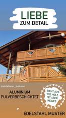 Liebe zum Detail - Edelstahl Muster verbaut in einem Aluminium Holzoptik Balkon