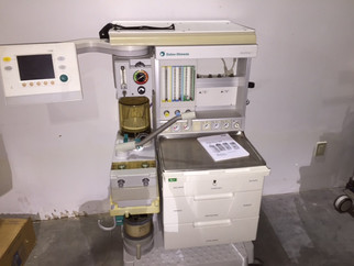 In warehouse of HoltzQuip three anesthesia machines Aestiva/5 7100 for sale