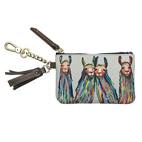 four-lively-llamas-fashion-accessories_1