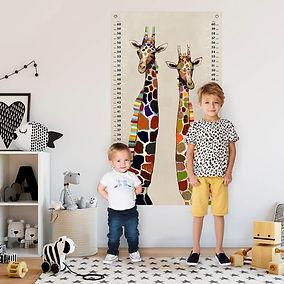 giraffes-on-cream_117-gallery-1_1024x102