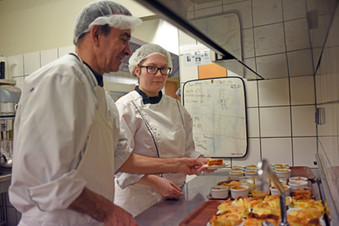 Apei des 2 Vallées - Confection de Repas   Portage à domicile