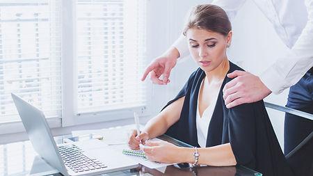 harcelement travail et comportements sex