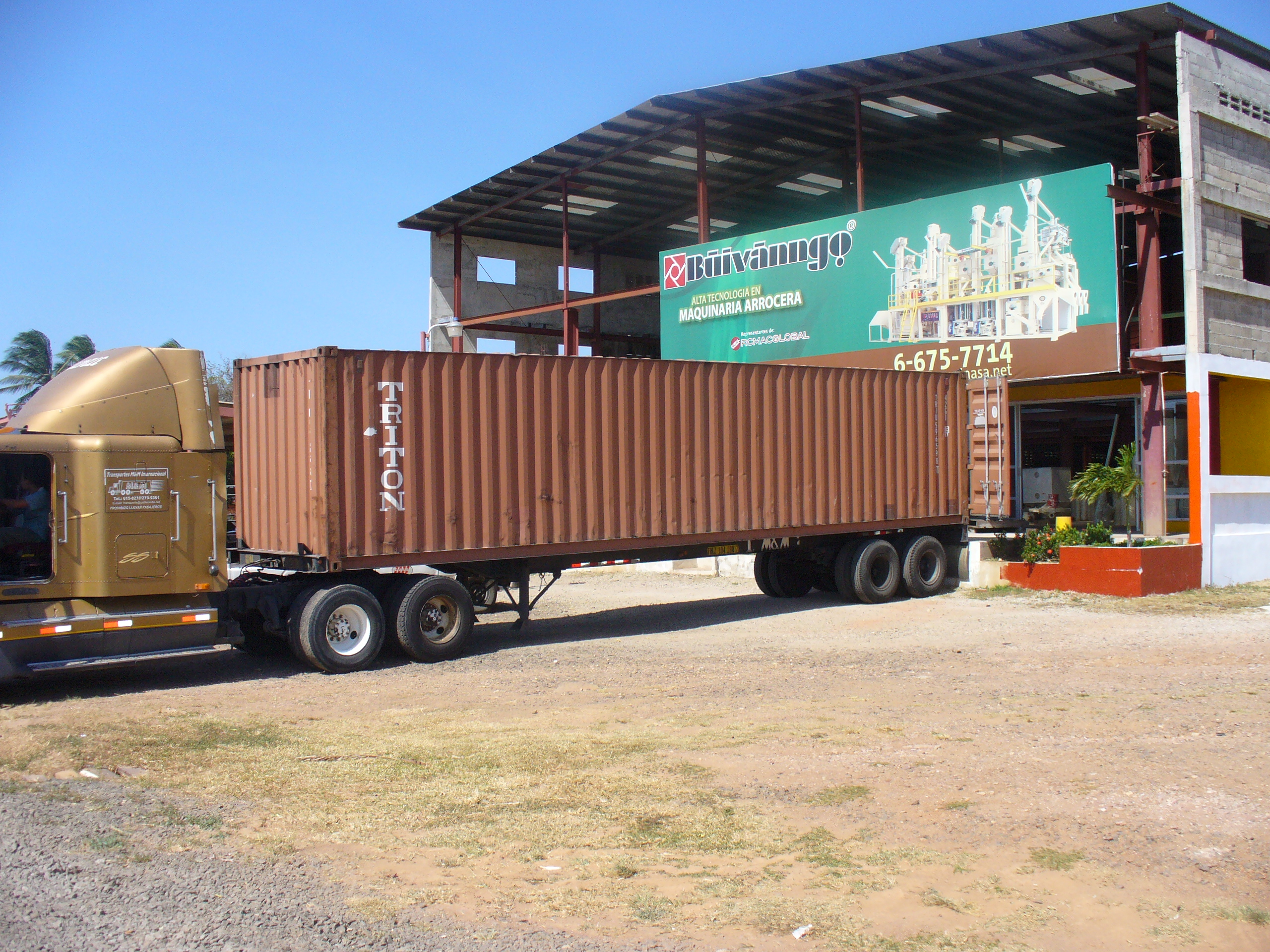 Container descarga Aguadulce