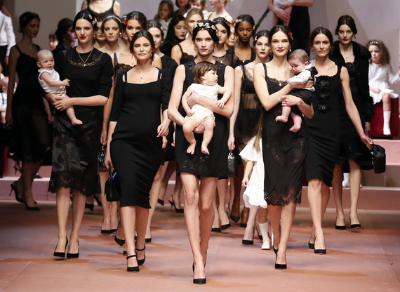 Face It We're All Addicted Motherhood in Fashion !