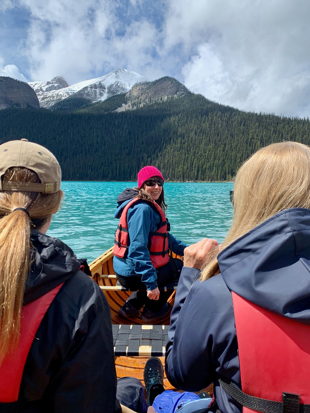 Mindful Canoe in Lake Louise with Tracey Delfs