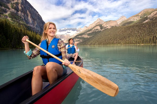 Canoeing on Lake Louise Summer