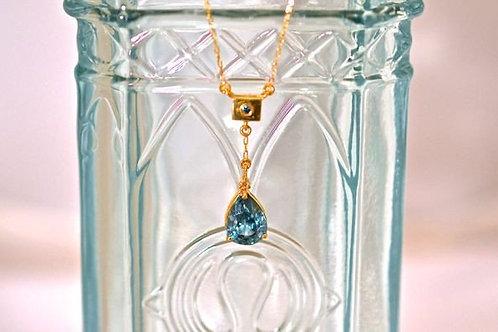 ブルージルコンとブルダイアモンドのネックレス 18k