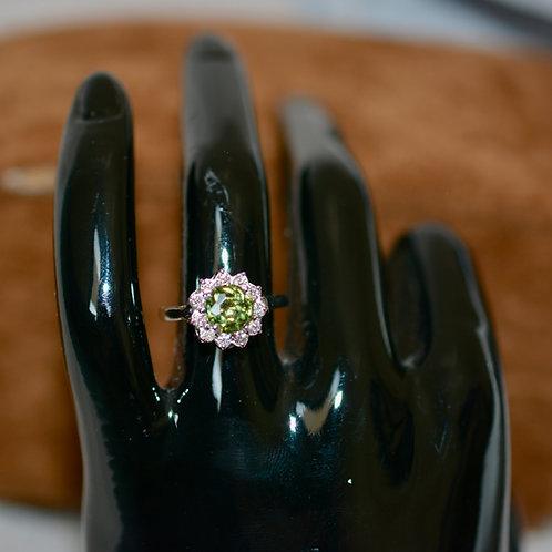 1.5ct デマントイドガーネットとダイアモンドの指輪 18k