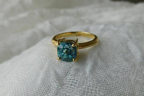 4ct ブルージルコンの指輪