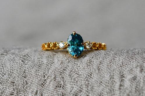 1.2ct ブルージルコンとダイヤモンドの指輪 18k