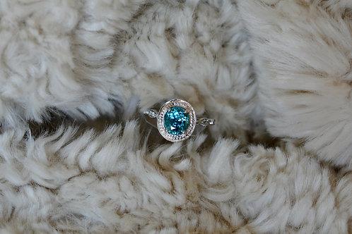 ブルージルコンとダイアモンドの指輪