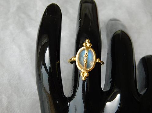 3.5ctブルームーンストーンとダイアモンドの指輪 18k