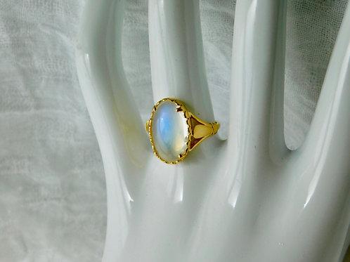 5.8ct ブルームーンストーン 18kの指輪