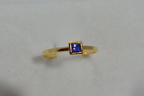 18k ブルーサファイアの指輪(ベゼルセッティング)
