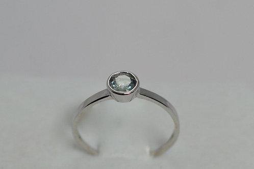 シンプルデザイングリーンサファイア 指輪18k