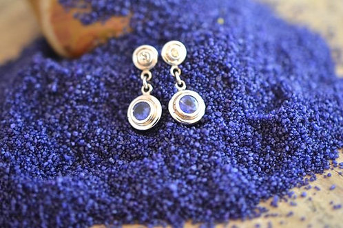 ブルーサファイアとダイアモンドのピアス 18k