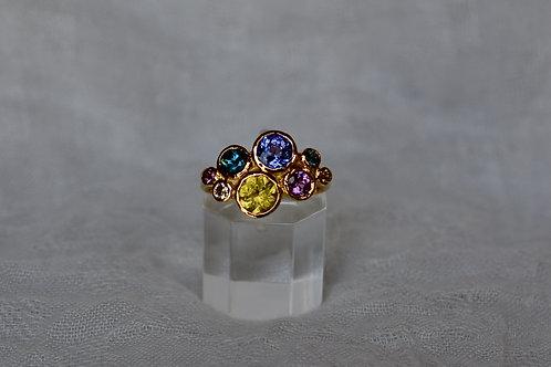 マルチカラーの指輪 2.5ct イエローゴールド