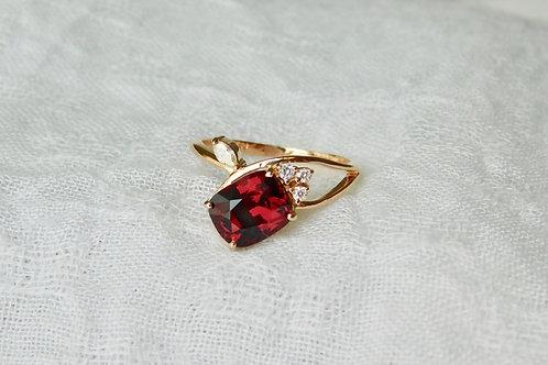 2.1ct ロードライトガーネットとダイアモンドの指輪 18k