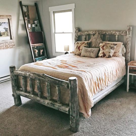 Ghost Aspen Log Bed