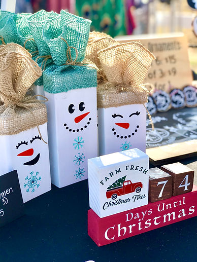 Holiday Rustic Market