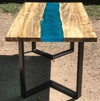 Hackberry River Table