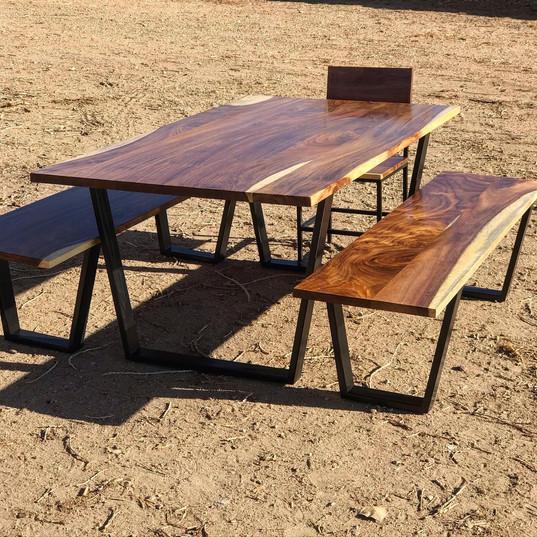 guanacaste dining table set
