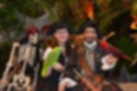 Martine et Marc Perroquet Pirate