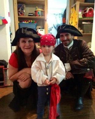 Garderie privée et Garderie en milieu famliale Perroquet Pirate