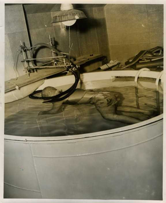 xoriginal-isolation-chamber-photos002-1-